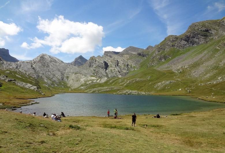 Location de vacances - Gîte à Méolans-Revel - Les randonnées dans la vallée