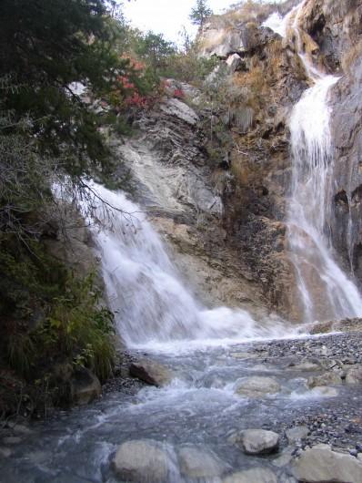 Location de vacances - Gîte à Méolans-Revel - les cascades