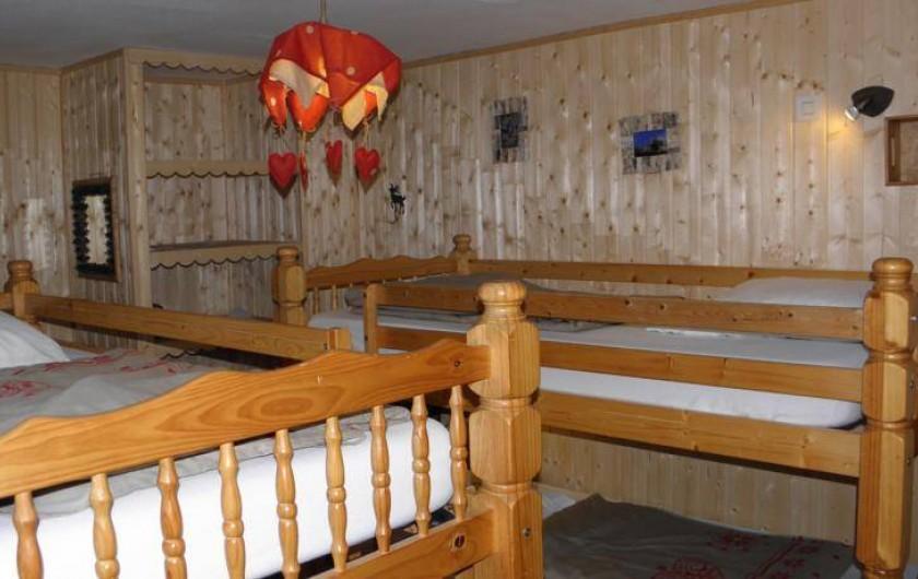 Location de vacances - Gîte à Méolans-Revel - Chambre Chamois