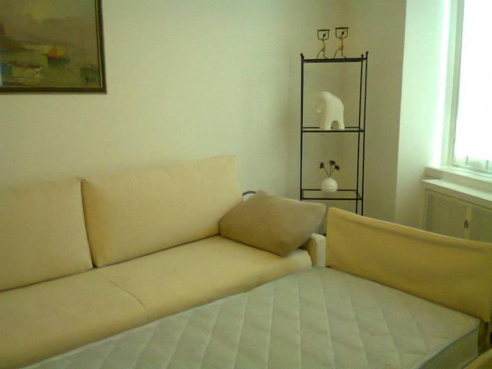 Location de vacances - Appartement à Bergame - divan 3 places avec 2 lits single avec matelas orthopédiques.