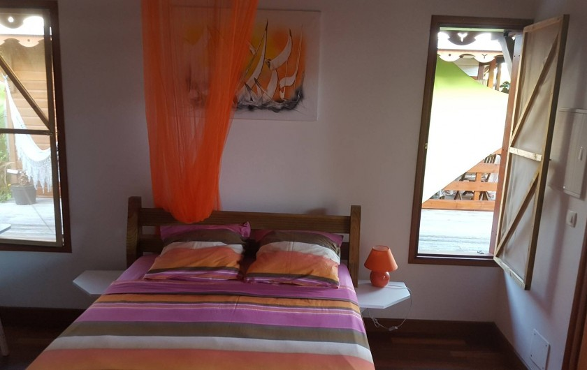 """Location de vacances - Bungalow - Mobilhome à Saint-François - Intérieur du bungalow """"Orange"""""""
