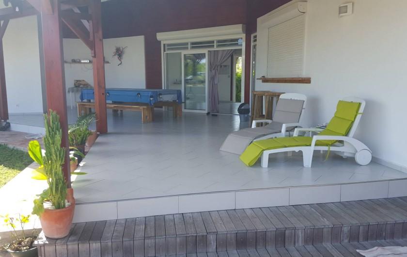 """Location de vacances - Bungalow - Mobilhome à Saint-François - Réception """"Gîte les Palmistes"""" Espace d'échange."""