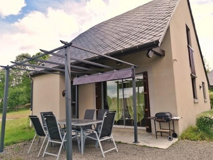 Location de vacances - Gîte à Valette - Terrasse du gîte le Sumène