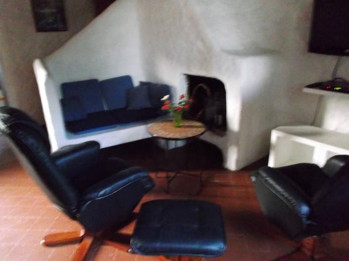 Location de vacances - Chalet à Olmeto - Séjour - coin Téle
