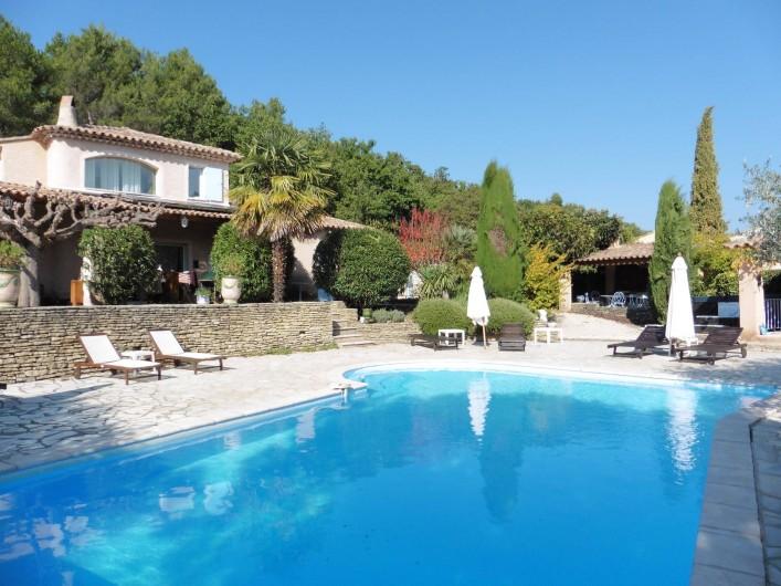 Location de vacances - Chambre d'hôtes à Entrechaux - Les belles couleurs de l'automne.