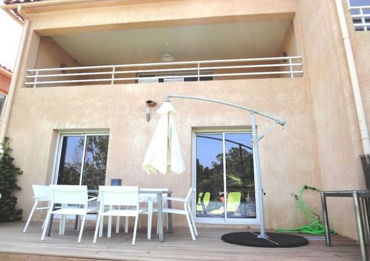 Location de vacances - Villa à Porticcio - TERRASSE DU BAS AVEC CHAMBRES
