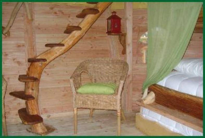 Location de vacances - Cabane dans les arbres à Chalais