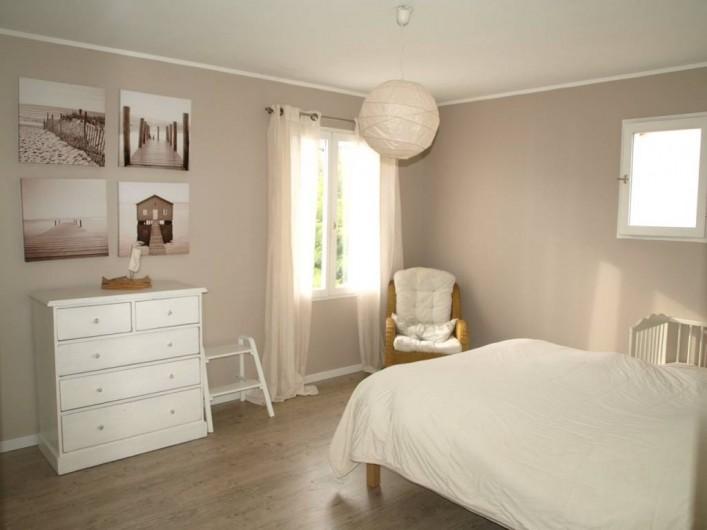 Location de vacances - Villa à Alleins - chambre parentale 16 M2 + dressing