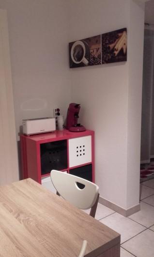 Location de vacances - Appartement à Loisy-sur-Marne - coin pose café