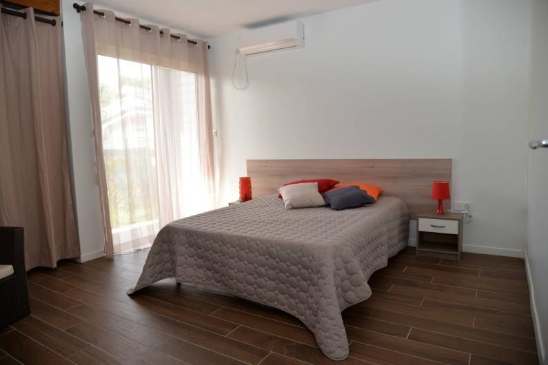 Location de vacances - Appartement à Sainte-Anne - chambre abricot