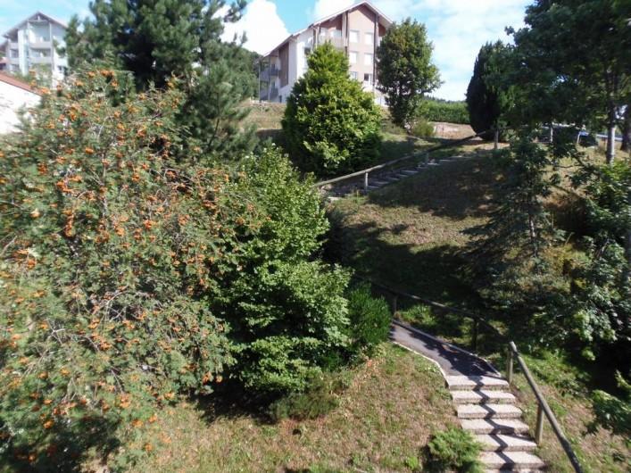 Location de vacances - Appartement à Bussang - Escalier vers parking