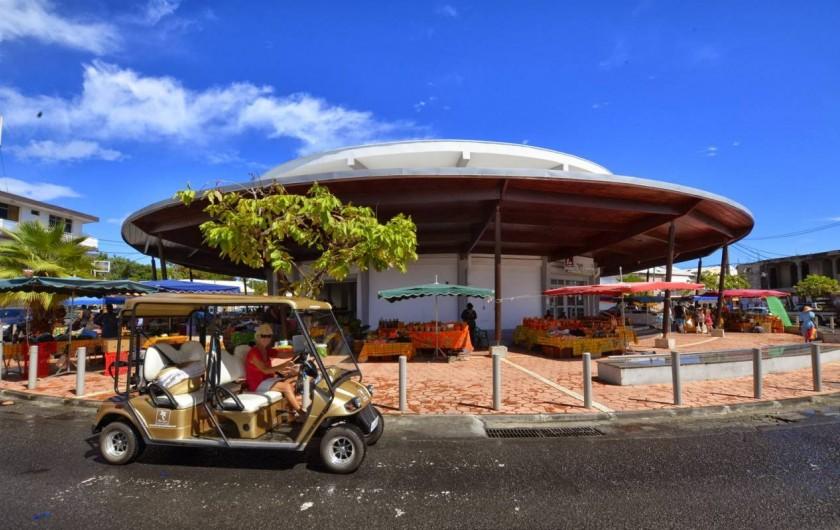 Location de vacances - Gîte à Saint-François - Gîtes la simoniere : Proche marché