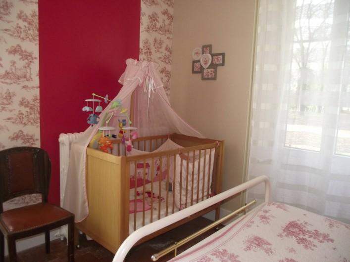 Location de vacances - Château - Manoir à Aubigné-Racan - Lit bébé