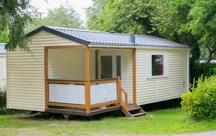 Location de vacances - Camping à Bénodet - Mobil-home avec sanitaire 24m²