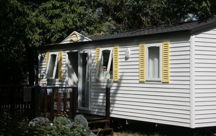 Location de vacances - Camping à Bénodet - Mobil-home avec sanitaire 27m²
