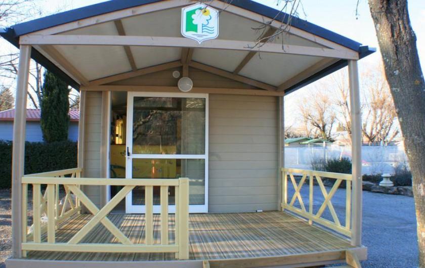 Location de vacances - Camping à Bénodet - Le chalet Le Trianon n°1