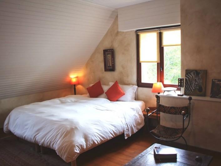Location de vacances - Chambre d'hôtes à Île-aux-Moines - MOMBASSA Lit double en 180 séparable