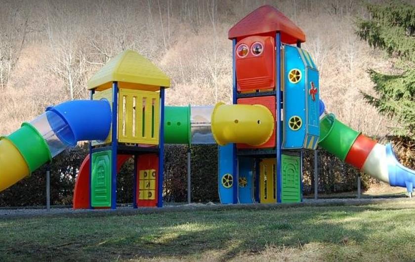 Location de vacances - Camping à La Bourboule - Espace jeu