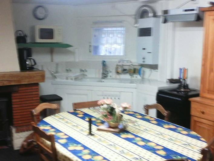 Location de vacances - Maison - Villa à Railleu - CUISINE AVEC CHEMINEE