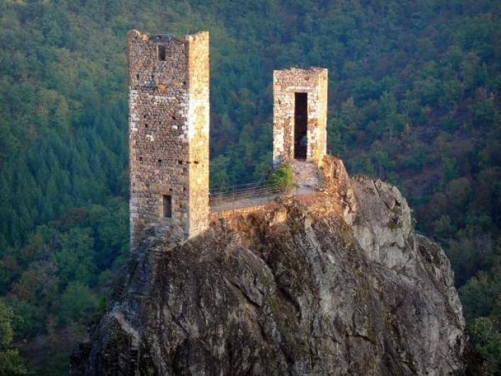 Location de vacances - Maison - Villa à Causse-et-Diège - ruines de Peyrusse le Roc