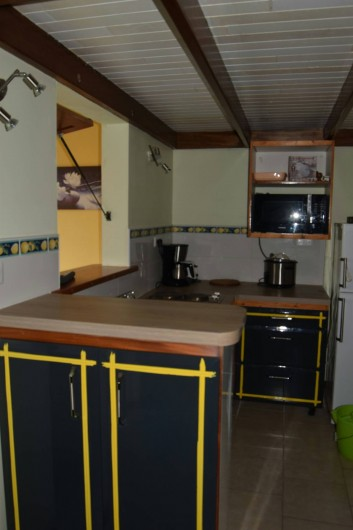 Location de vacances - Appartement à Les Trois-Îlets - Cuisine équipée