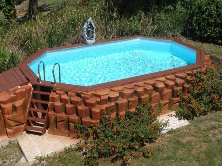 G tes et bungalows avec piscine sainte anne en for Piscine hors sol guadeloupe
