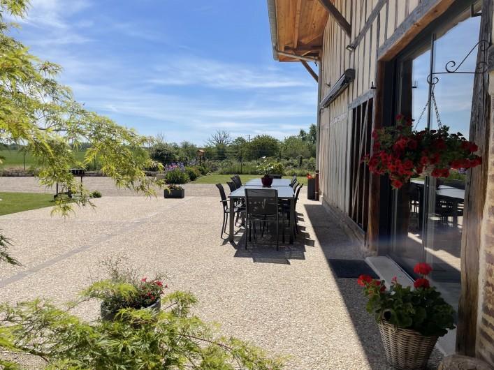 Location de vacances - Villa à Écollemont - Grande terrasse