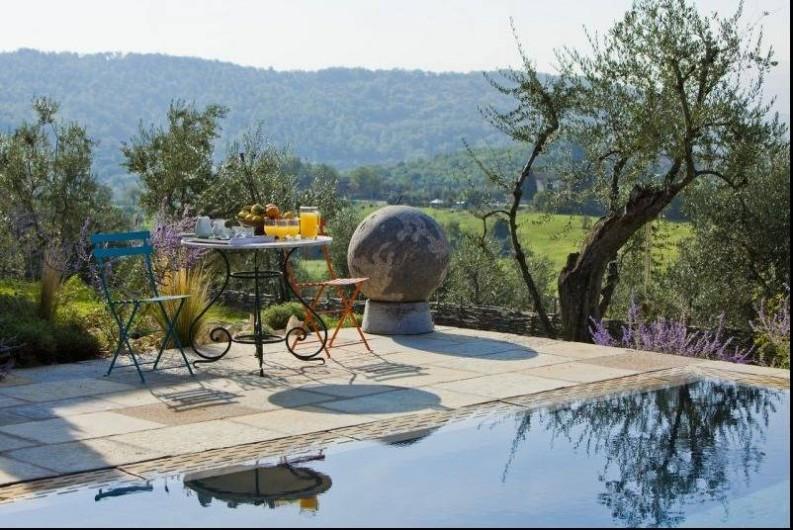 Location de vacances - Villa à San Donato In Collina - Au bord de la piscina...