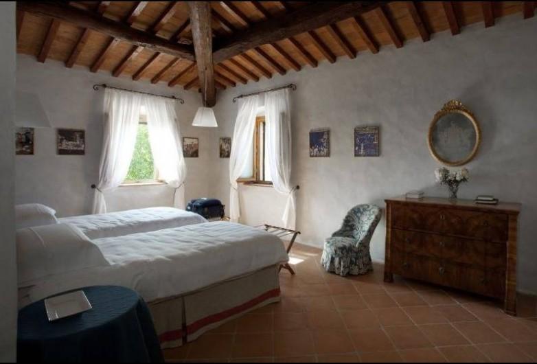 Location de vacances - Villa à San Donato In Collina - Chambre double avec salle de bain