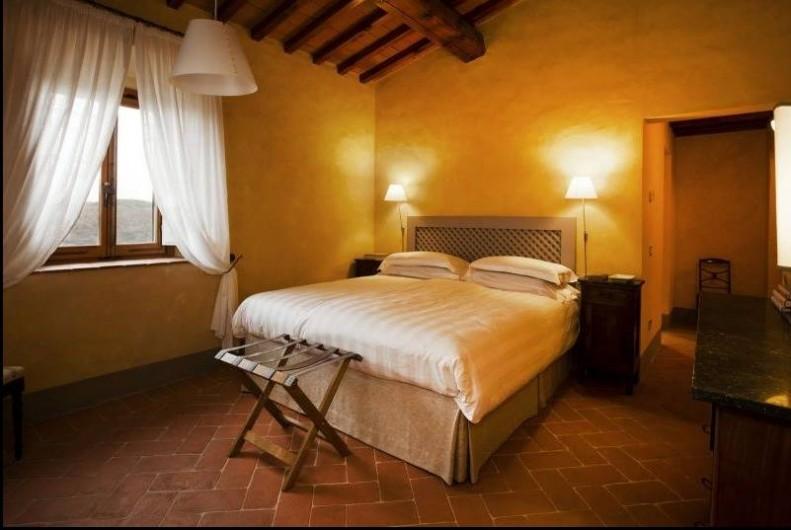 Location de vacances - Villa à San Donato In Collina - chambre matrimoniale avec salle de bain