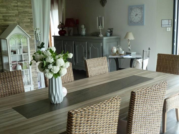 Location de vacances - Chambre d'hôtes à Rouvres-en-Woëvre - Notre salle à manger