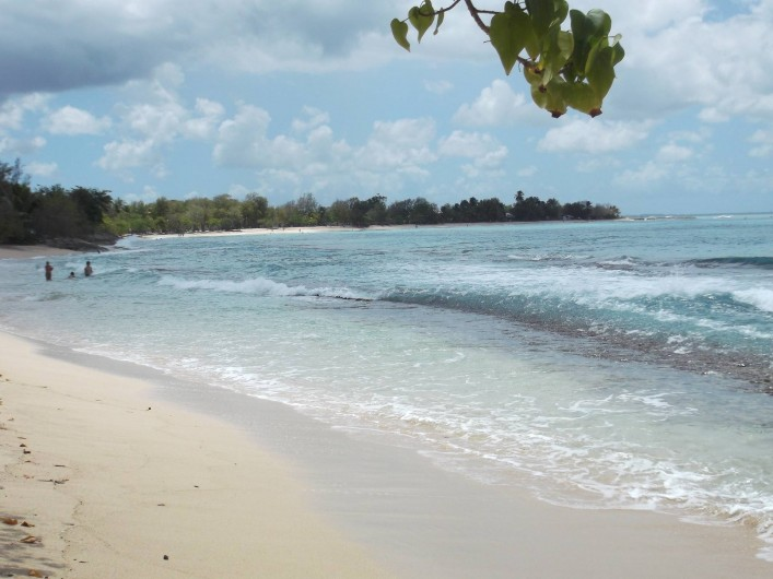 Location de vacances - Appartement à Port-Louis - Ballade et Longue plage de Pointe Sable à Port-Louis