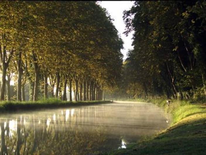 Location de vacances - Gîte à Meilhan-sur-Garonne - Lever de soleil sur le canal de l'entre mers
