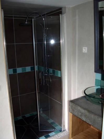 Location de vacances - Gîte à Meilhan-sur-Garonne - Salle de bain Chambre Bambou