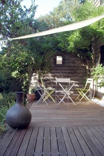 Location de vacances - Gîte à Meilhan-sur-Garonne - Terrasse privative