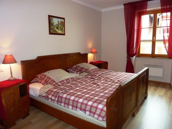 """Location de vacances - Gîte à Orschwiller - """"Clémence"""" Chambre Alsacienne  lits jumeaux 110x190"""