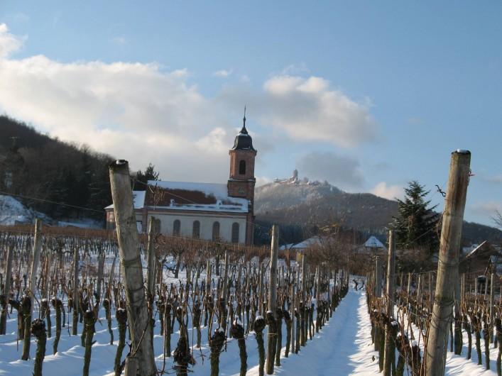Location de vacances - Gîte à Orschwiller - Orschwiller  Eglise Vignoble et Château du Haut-Koenigsbours sous la neige