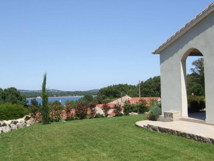 """Location de vacances - Villa à Porto-Vecchio - Vue de la villa """"B"""""""