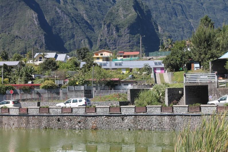 Location de vacances - Chalet à Cilaos - vue sur le lac