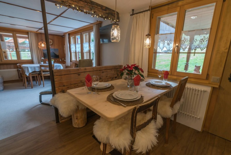 Location de vacances - Appartement à Grindelwald - table à manger