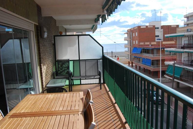 Location de vacances - Appartement à Santa Pola - Balcon vue sur mer
