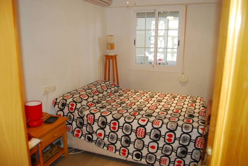 Location de vacances - Appartement à Santa Pola - chambre 2