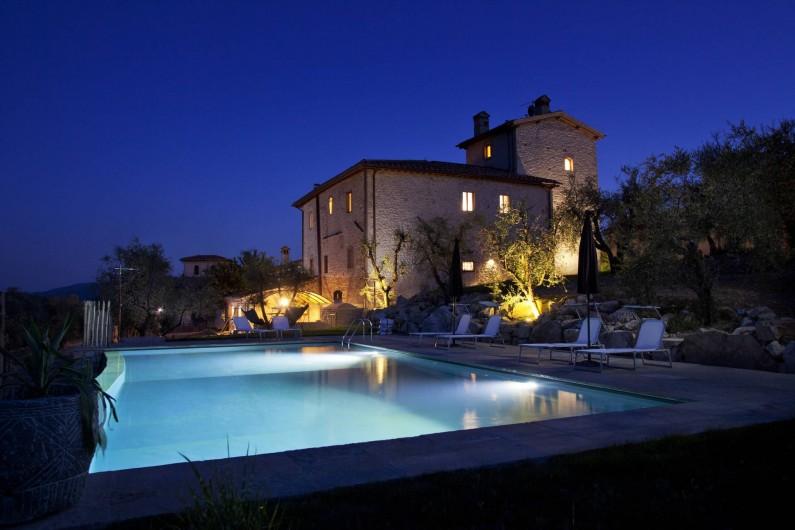 Location de vacances - Villa à San Donato In Collina - By night
