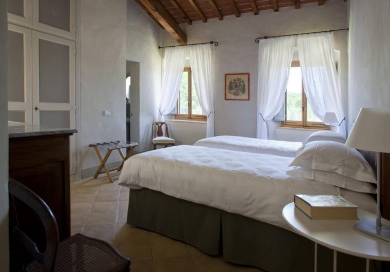 Location de vacances - Villa à San Donato In Collina - Chambre double avec salle de bain en suite (douche)