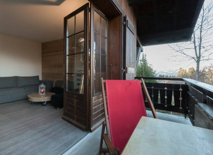 Location de vacances - Appartement à Combloux - balcon avec vue sur le Mont-Blanc