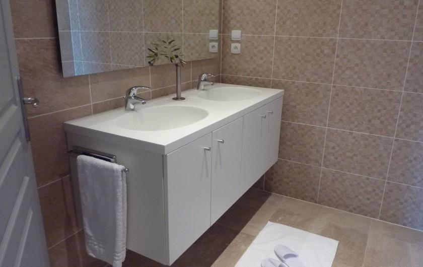 Location de vacances - Villa à Uzès - Bathroom
