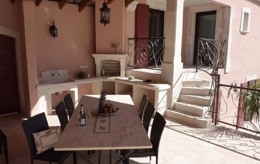 Location de vacances - Villa à Uzès - Outdoor kitchen