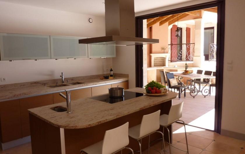 Location de vacances - Villa à Uzès - Kitchen