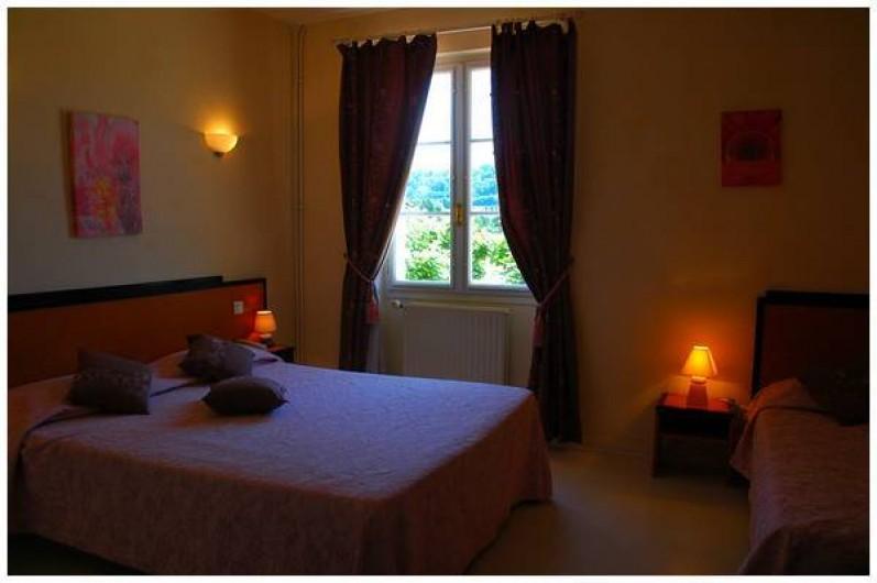 Location de vacances - Hôtel - Auberge à Vezac - CHAMBRE TRIPLE