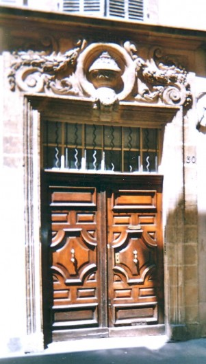 Location de vacances - Studio à Aix-en-Provence - Hôtel Particulier Aixois du 17e siècle au coeur historique d'Aix en Provence